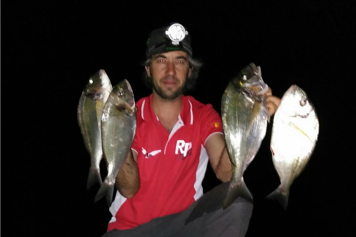 pesca de doradas sant pere pescador