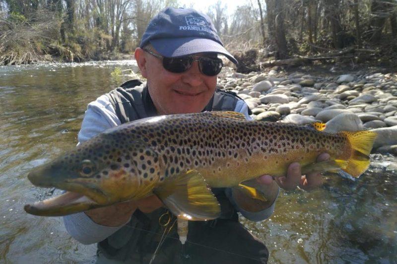 Pescar truchas con Formulapesca